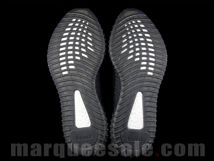 Yeezy Boost 350 V2 Black Gold adidas yeezy - Adidas Yeezy 350 Boost V2 Black Gold