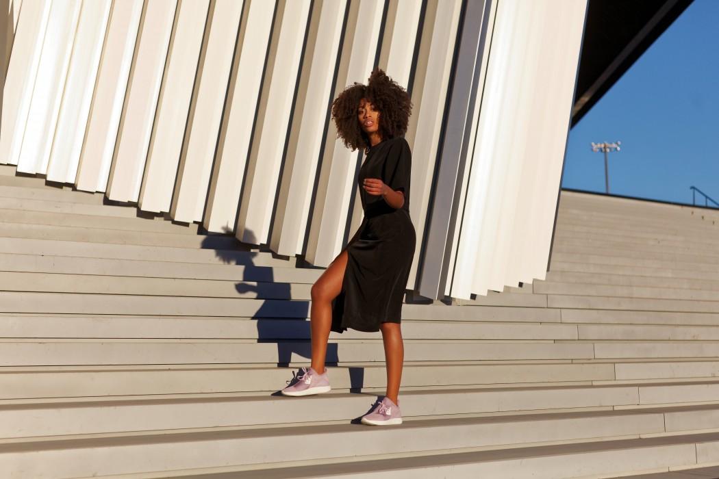 Nike Lunar Charge, sepatu sneakers, gambar sepatu, model sepatu terbaru, harga sepatu, online shop sepatu, sepatu keren, sepatu laki laki, koleksi sepatu, sneaker wedges, sepatu online shop, sepatu online original, sneakers original, toko online sepatu, sepatu sneakers murah, gambar sepatu terbaru, jual sneakers, sepatu sneakers wanita, nike lunar charge - Nike Lunar Charge dengan Pesona Paris dan Claire Most