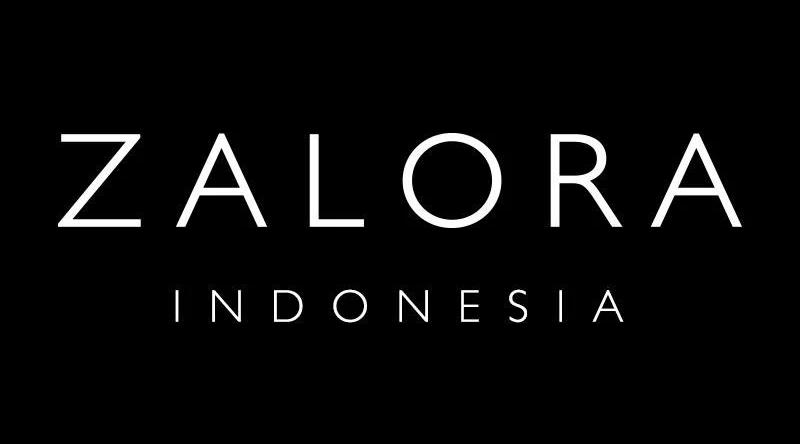 Bagi para wanita, Anda telah memilih yang tepat. ZALORA Indonesia hadir untuk memberikan yang terbaik dalam tren fashion wanita. Kami membawa top brand lokal dan internasional terkemuka supaya Anda selalu memiliki pakaian yang sempurna dimanapun dan kapanpun. Dapatkan inspirasi fashion seperti floral, denim, stripes, monokrom, dan banyak lagi. Kami menyediakan koleksi terlengkap seperti atasan, bawahan, dress, outerwear, jumpsuit, hingga pakaian olahraga agar Anda selalu menjaga kesehatan. ZALORA Indonesia juga menyediakan fashion busana muslim wanita seperti Kaftan, Gamis, Dress Muslim, Outerwear, Hijab dan banyak lagi dari para desainer dan brand lokal. Penampilan tidak akan lengkap tanpa sepatu untuk setiap acara, dan di ZALORA Indonesia, kami dapat memenuhinya. Anda dapat menemukan high heels, atau sepatu boots kulit. Anda lebih menyukai gaya yang nyaman? Cobalah slip-on klasik kami, sandal yang nyaman, dan sepatu kets. Anda juga memerlukan tas untuk membuat penampilan semakin serasi, Anda dapat memilih berbagai macam pilihan tas pesta, shoulder bags, dan tote bags. Permanis gaya Anda dengan aksesori seperti kacamata dan perhiasan untuk hasil yang elegan. Terakhir, manjakan diri Anda dengan berbagai macam pilihan produk perawatan kulit hanya untuk Anda. Jika Anda ingin terlihat selalu mempesona, di sini Anda dapat menemukan makeup dan parfum dari brand terbaik. Anda tidak memerlukan alasan lebih untuk berbelanja fashion di ZALORA Indonesia dan memenuhi segala kebutuhan fashion Anda! Fashion Wanita Dengan Koleksi Brand-brand Terbaik Fashion wanita, fashion sangat erat hubungannya dengan wanita dan seolah sudah menjadi kebutuhan mendasar. Oleh karena itu ZALORA Indonesia terus berupaya menjawab kebutuhan fashion wanita ini dengan menawarkan berbagai produk fashion wanita dari mulai sepatu wanita, pakaian wanita, aksesoris wanita, dan busana muslim dengan harga spesial dari brand-brand terbaik lokal maupun internasional. Kami selalu menyediakan brand ternama dengan