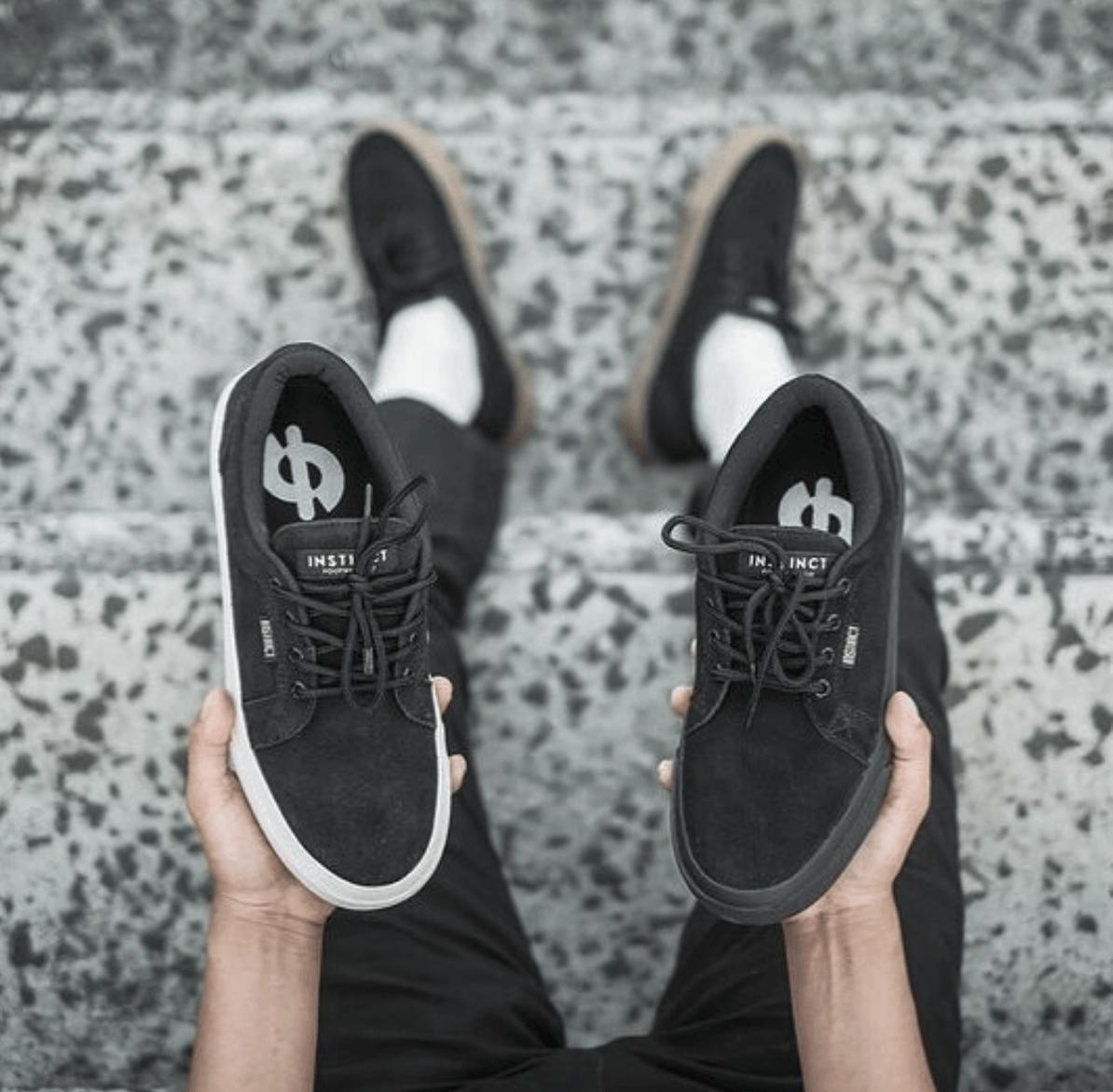 sneakers lokal - 73 Sneakers Lokal Kekinian yang Keren Banget
