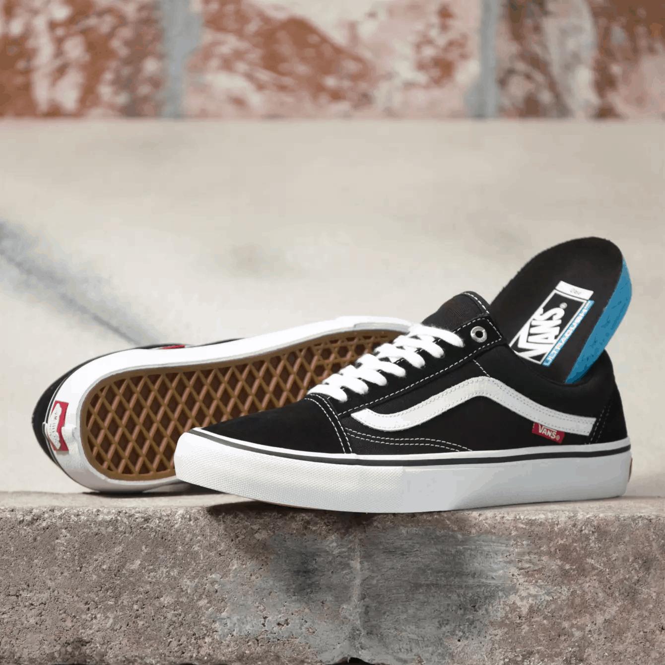 Sepatu Vans Old Skool Pro sepatu vans - 16 Jenis Sepatu Vans Terbaik yang Wajib Kamu Ketahui